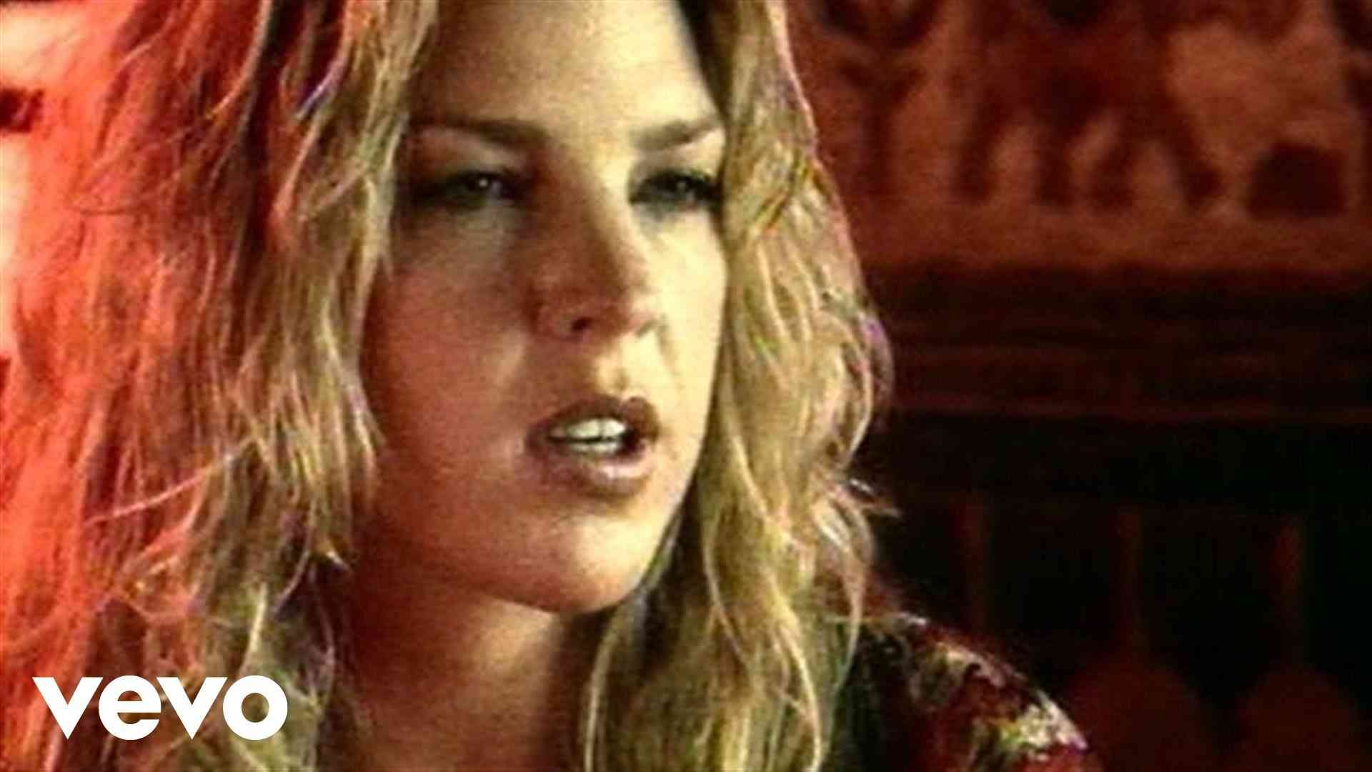 Diana Krall - Just The Way You Are - YouTube