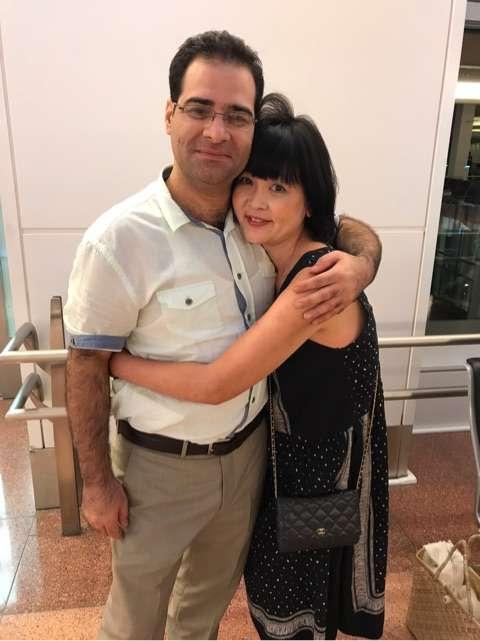 泰葉、20歳年下のイラン人恋人と密着2ショット