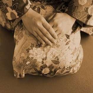奇習! 東海地方に存在した「筆おろし集落」での手慣れたセックス ― 童貞少年たちがコッソリ通う謎の村とは?