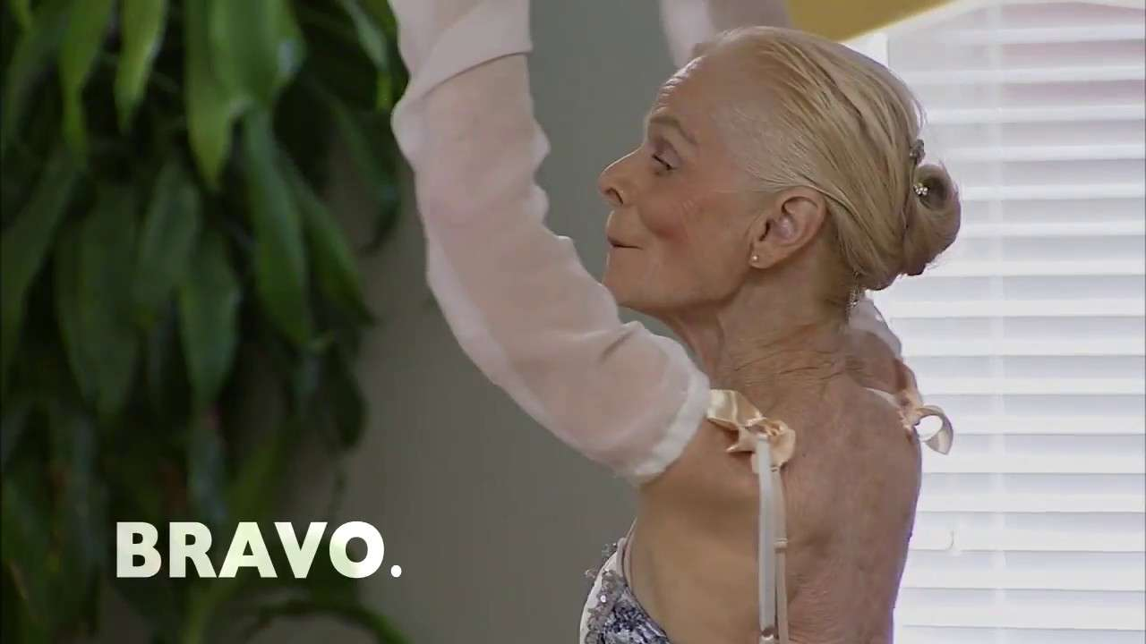 77-Year-Old Ballerina Proves Age is Just a Number - YouTube