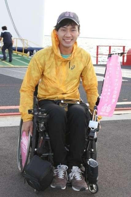 車いすで全国ヒッチハイクの寺田さんが函館到着【函館市】 (函館新聞電子版) - Yahoo!ニュース