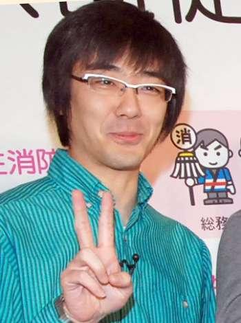 東京03・豊本明長&ミス・モンゴル、初夏に結婚していた 妊娠も発表 | ORICON NEWS