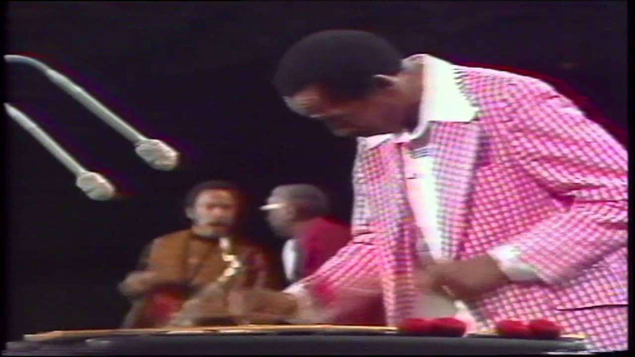 Count Basie Jam - Billie's Bounce (Norman Granz' Jazz In Montreux 1977) - YouTube