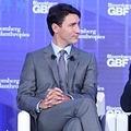 カナダのジャスティン・トルドー首相 靴下がチューバッカ柄だと話題に - ライブドアニュース