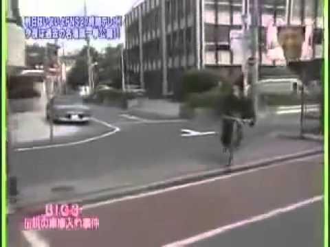 伝説の車庫入れ!たけし タモリ さんま 芸能界Big3! - YouTube