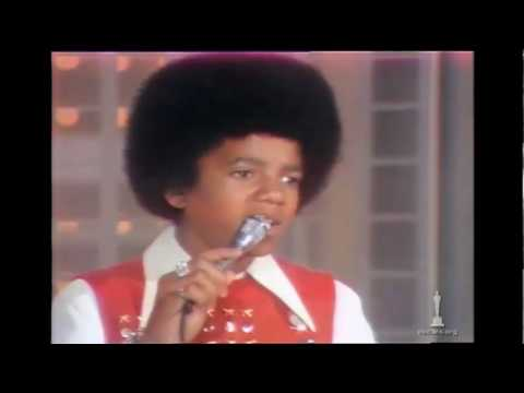 Michael Jackson performing at the Oscars® - YouTube
