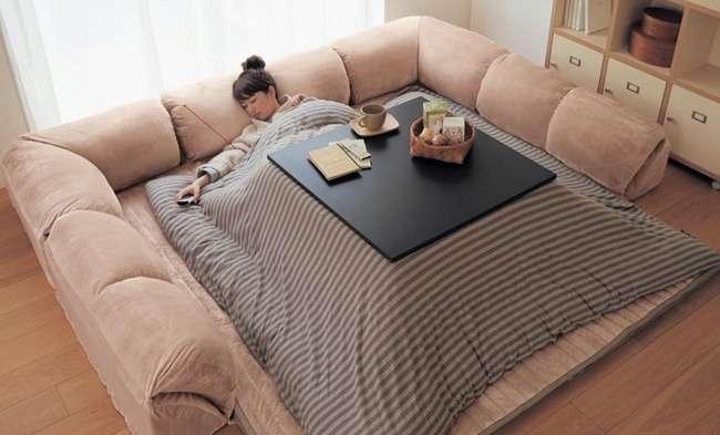 「人間を完全にダメにする多機能ベッド」がたまらないことになっている