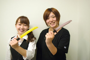 高校生のアイディアを刀匠、和菓子職人が本気で実現! 岐阜県関市で新スイーツ「日本刀アイス」誕生