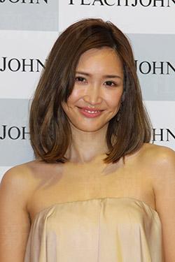 紗栄子が女性から「嫌われる」訳 強いメンタルに敵わない悔しさがある? - ライブドアニュース