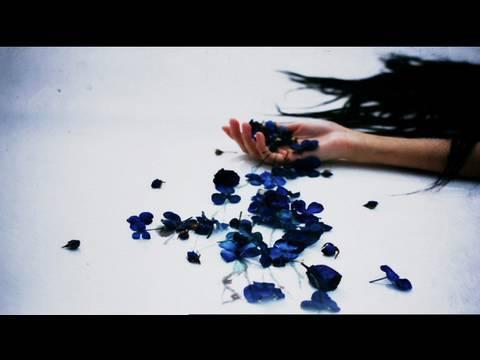 サカナクション - 目が明く藍色(MUSIC VIDEO) - YouTube