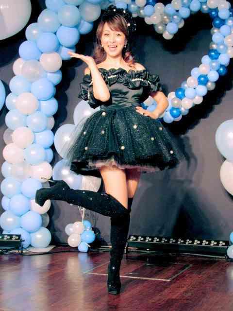 渡辺美奈代「60歳までミニスカート」恒例の誕生日ライブ