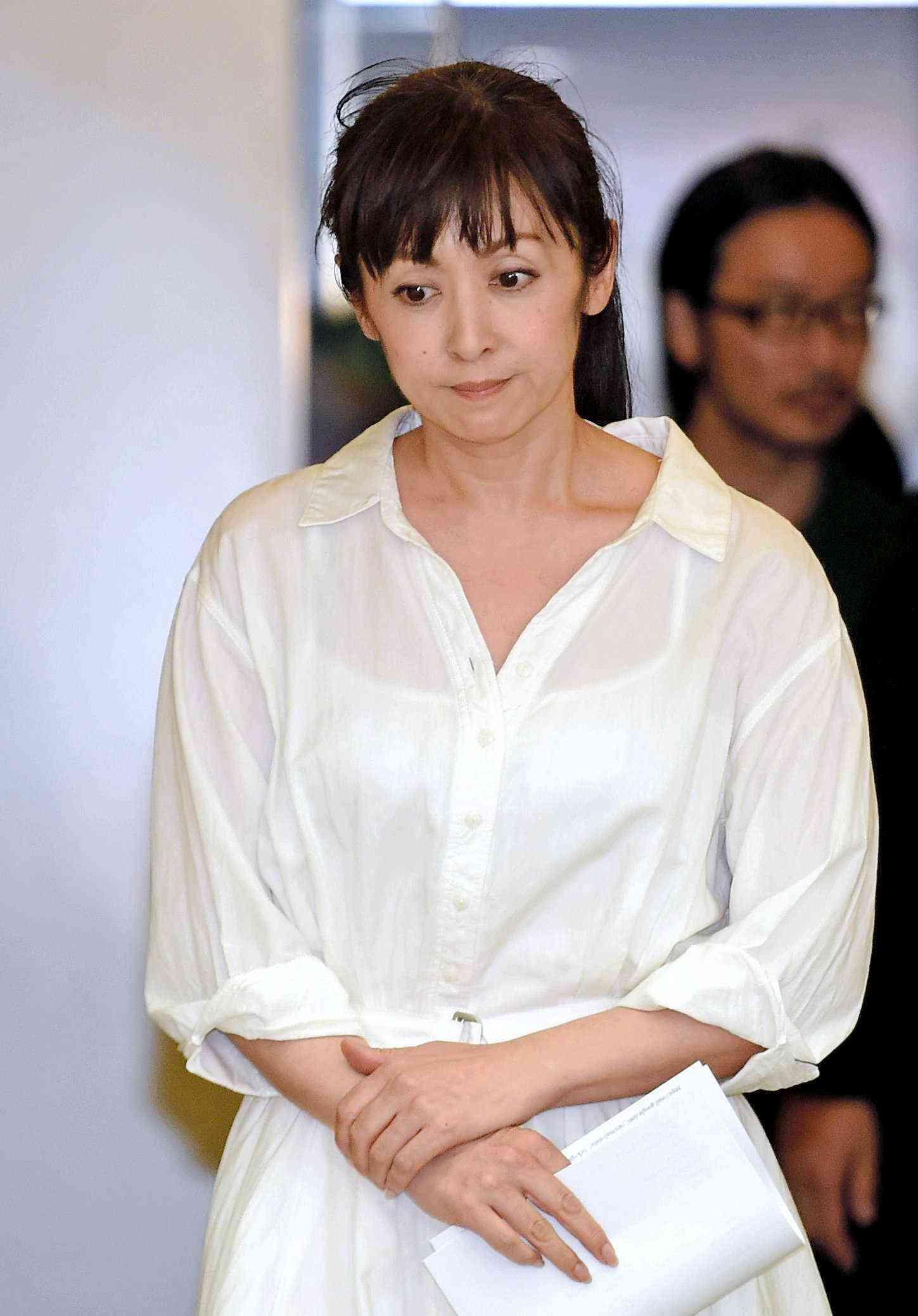 斉藤由貴 不倫代償ジワリ 所属事務所、CMスポンサーに抗議電話 (デイリースポーツ) - Yahoo!ニュース