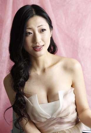 橋本マナミの発言がひんしゅくを買う 「やっぱ壇蜜には勝てない」