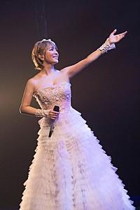 浜崎あゆみ 全60公演のロングツアー第2章が開幕! 新曲をサプライズプレゼント   Daily News   Billboard JAPAN