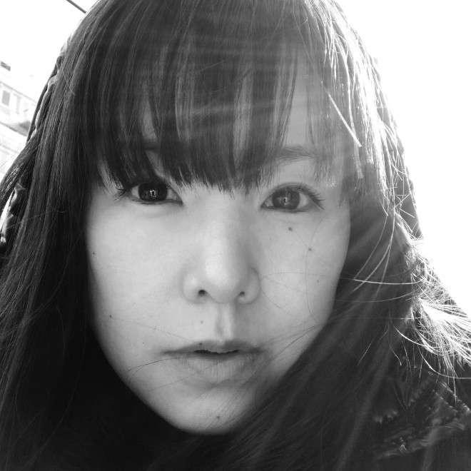 シンガーソングライター小西真奈美、インディーズデビュー