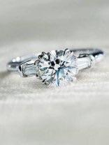 【ぶっちゃけ】婚約指輪はいくらでしたか?