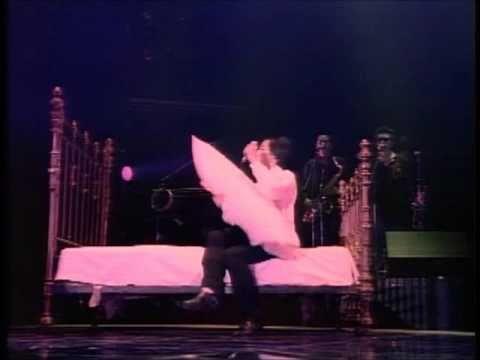 岡村靖幸 いじわる Love φ Sex '88 DATE 【高画質Ver】 - YouTube