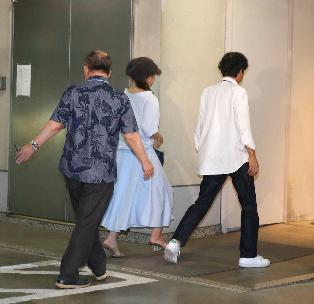 斉藤由貴、ラジオで不倫騒動自虐「飯がまずい毎日送っている」― スポニチ Sponichi Annex 芸能
