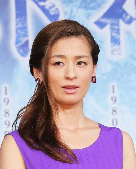 尾野真千子、離婚していた 2年で慰謝料なし円満「お互い新しい道を進んだ方が幸せになれる」 : スポーツ報知