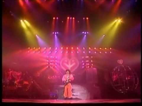 岡村靖幸 メドレー Peach Show'89 【高画質Ver】 - YouTube