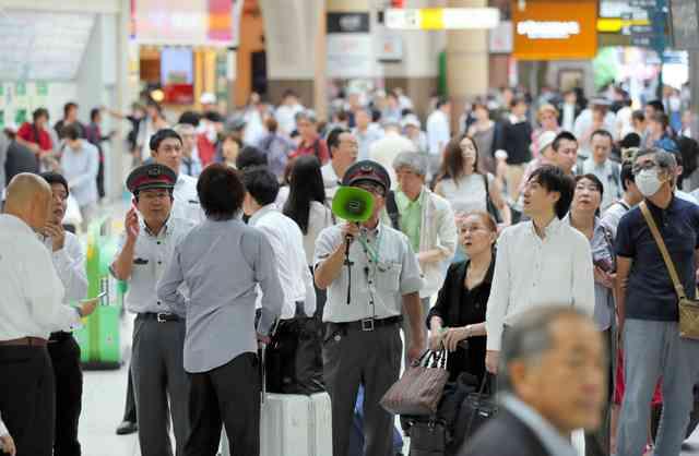 JR東日本、埼玉で大規模停電 首都圏一時運転見合わせ:朝日新聞デジタル