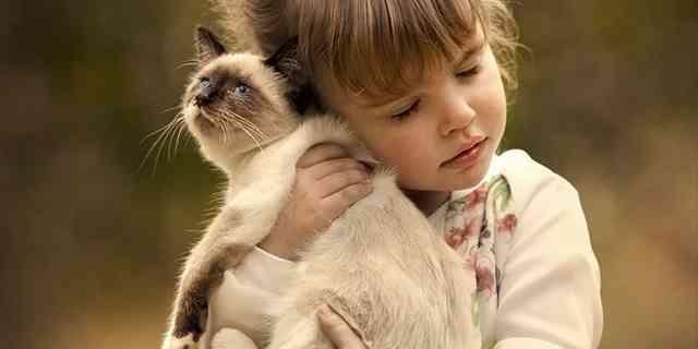 ロシアの片田舎で撮影された<心まで温まる>子供&動物たちのほのぼの写真集 | エンタメウス