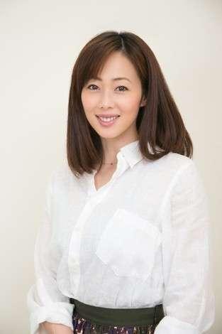 井上和香、入院は胆のう摘出手術だった ブログで説明「ご心配おかけしました」   ORICON NEWS