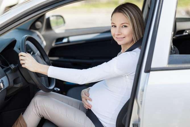 妊娠後期にやっちゃダメ!? 外出時に気をつけたい「NG行動」とは