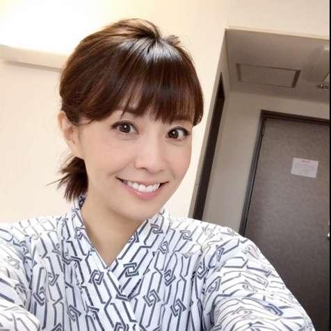 小林麻耶が浴衣姿の写真をブログに掲載「麻央さんにそっくりだ」と反響