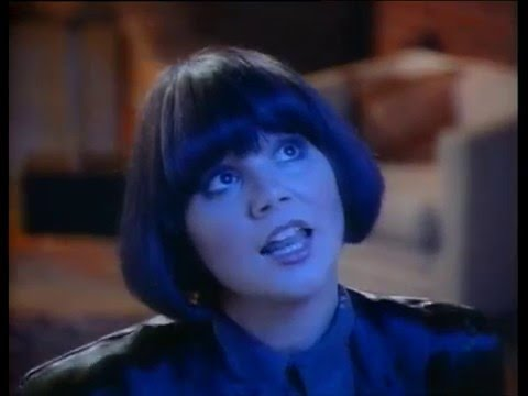 Linda Ronstadt & James Ingram - Somewhere Out There - YouTube