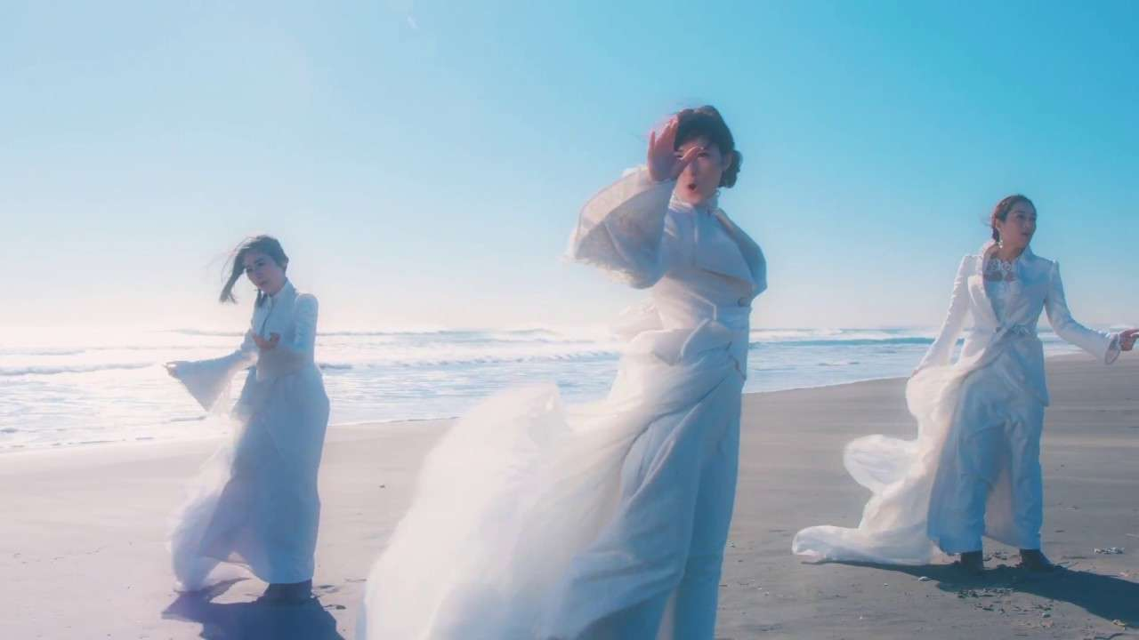 Kalafina 『into the world』MV(Short Ver.) - YouTube