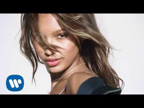 David Guetta ft Justin Bieber - 2U (The Victoria's Secret Angels Lip Sync) - YouTube