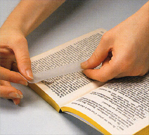 図書館で借りた本を子どもが破ったら?「セロハンテープで直した」という親に、司書たちが焦るワケ