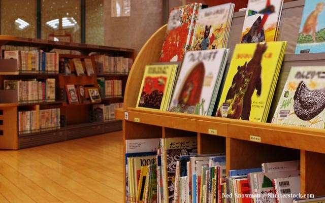 子どもが本を破ったら? 「セロハンテープで直した」という親に、司書たちが焦るワケ     grape [グレイプ]