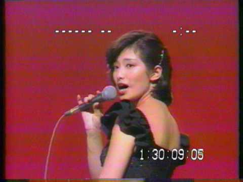 ポルシェじゃない山口百恵ちゃん 1978 - YouTube