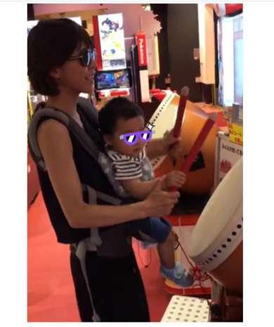 """母ちゃんのリズム感が悪すぎだドン! 釈由美子、息子と""""太鼓の達人""""に挑戦するもクリアならず"""