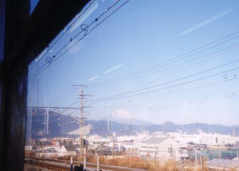 電車で景色眺めるのが好きな人