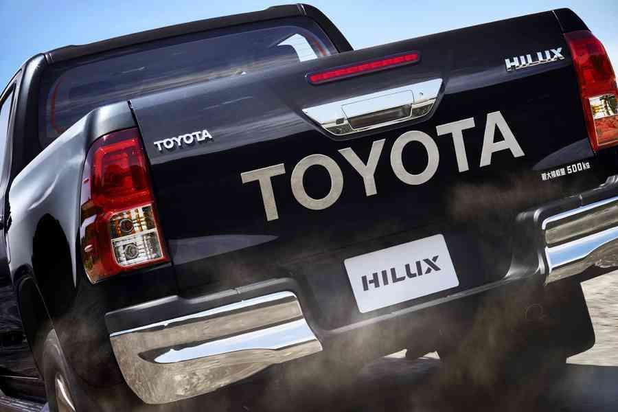 トヨタ、新型ハイラックス発売!「復活してほしい」の声を受け13年ぶりに日本導入! (オートックワン) - Yahoo!ニュース