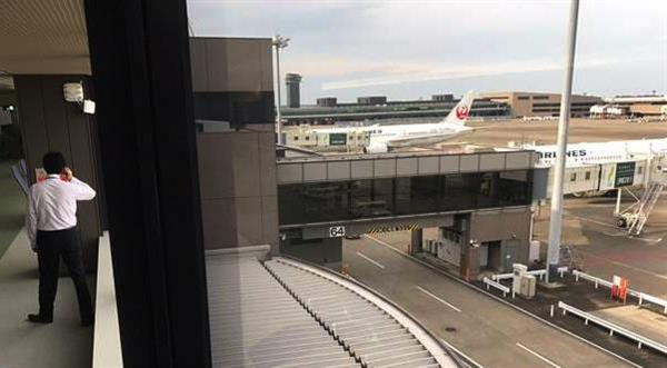 どうやって制限エリアに?成田空港、搭乗口付近の屋根に女性遺体、首かしげる空港関係者