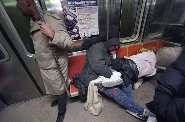 電車内で「会話」はOK、ではなぜ「通話」はNG?