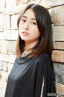大人っぽい若手俳優・女優は誰ですか。