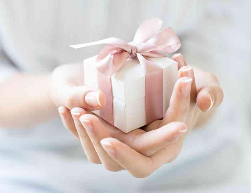 プレゼントに釣られますか?