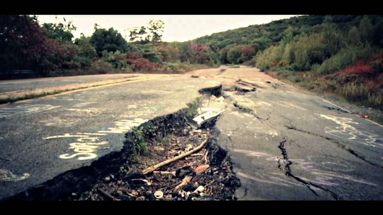 The Real Silent Hill: Centralia, PA - October 2009 (DVX100B) - YouTube