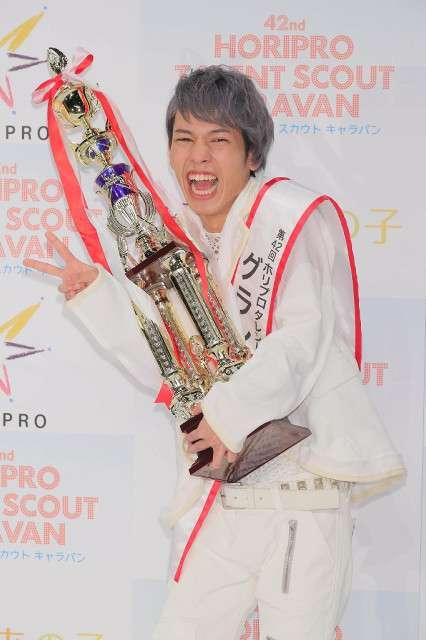 ホリプロキャラバン、定岡遊歩さんが栄冠…男女同時募集では初の男性グランプリ