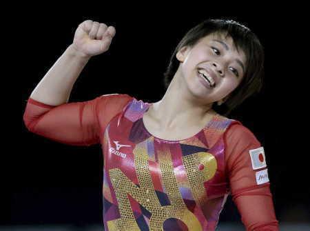 村上 日本女子初の床運動金メダル!日体大同期の白井に続いた (スポニチアネックス) - Yahoo!ニュース
