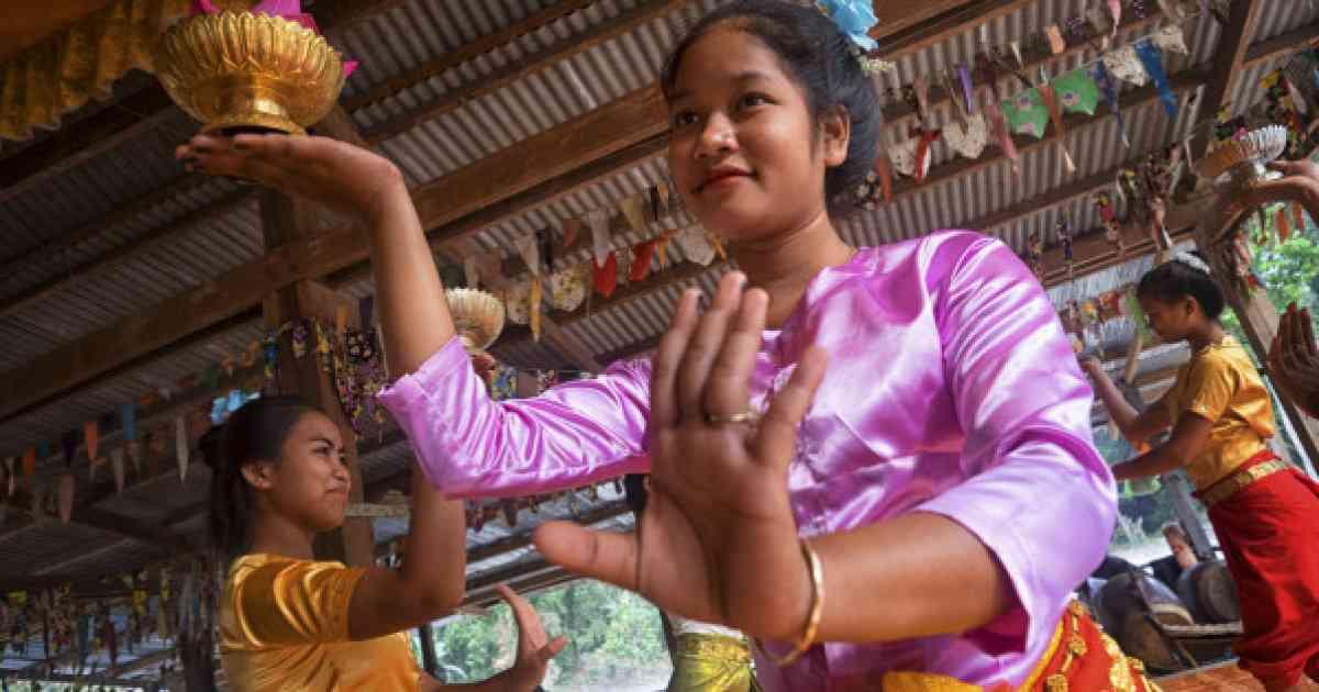 カンボジアの平均年齢は24歳!その裏側にある知っておくべき事実