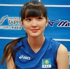 「世界一美しいバレーボール選手」サビーナ・アルシンベコバが日本のチームに入団