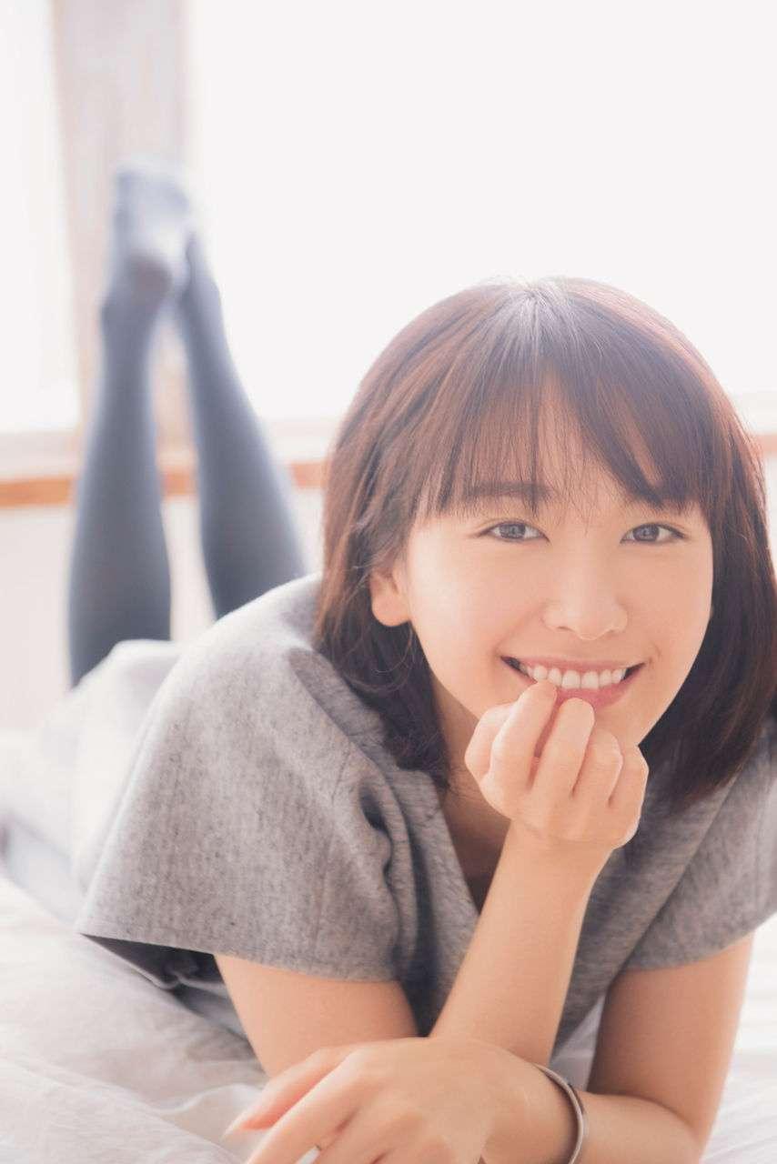 """映画にドラマにフル回転 新垣結衣は""""優等生の反動""""が心配"""