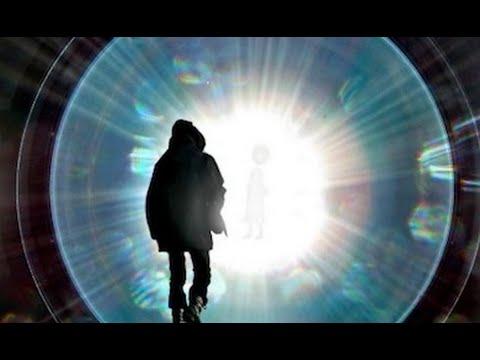 【謎解明!】デジャヴ現象はパラレルワールドの情報だった!?それぞれの専門家の見解は? - YouTube