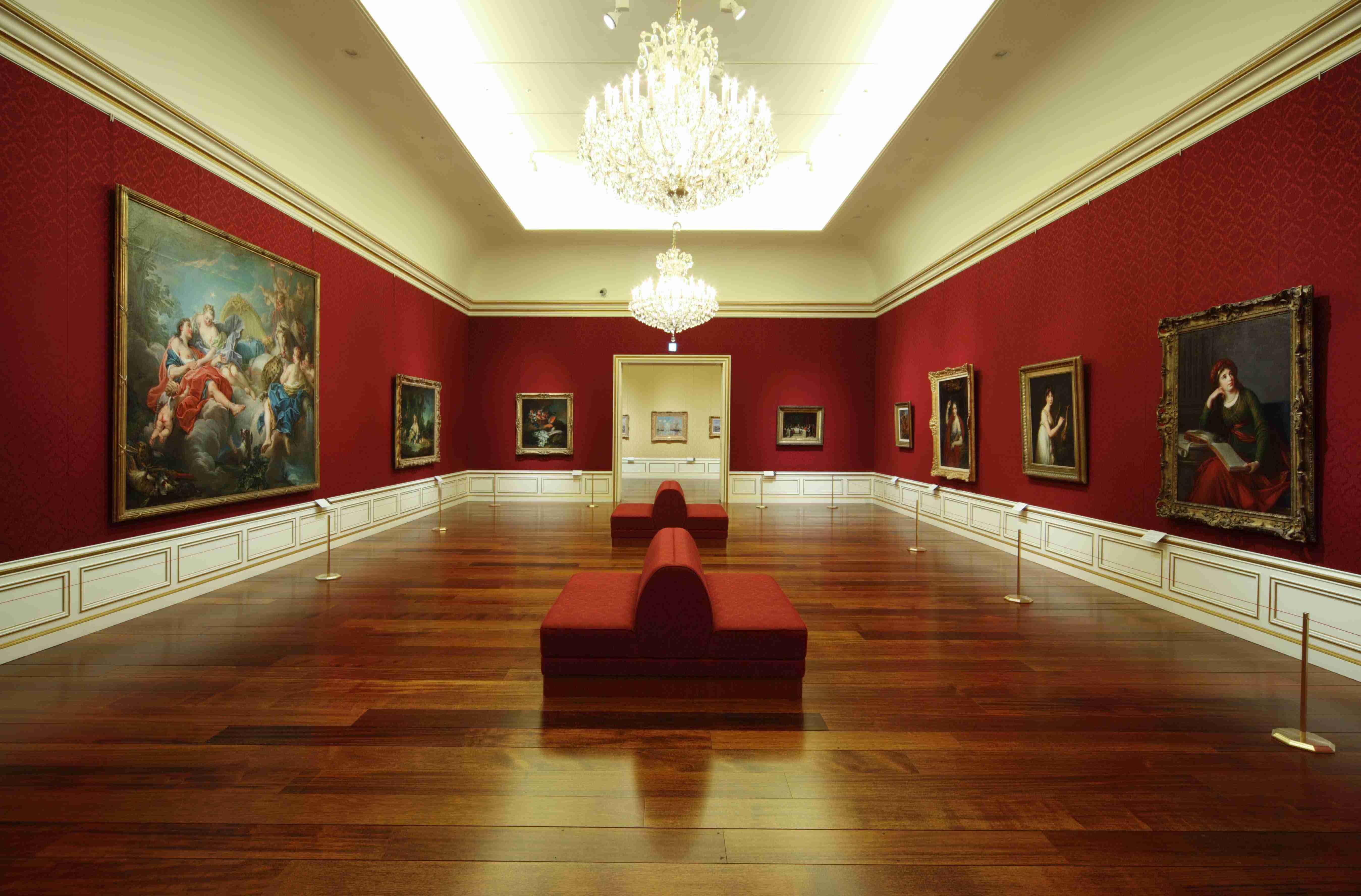 美術館に行くのが好きな人